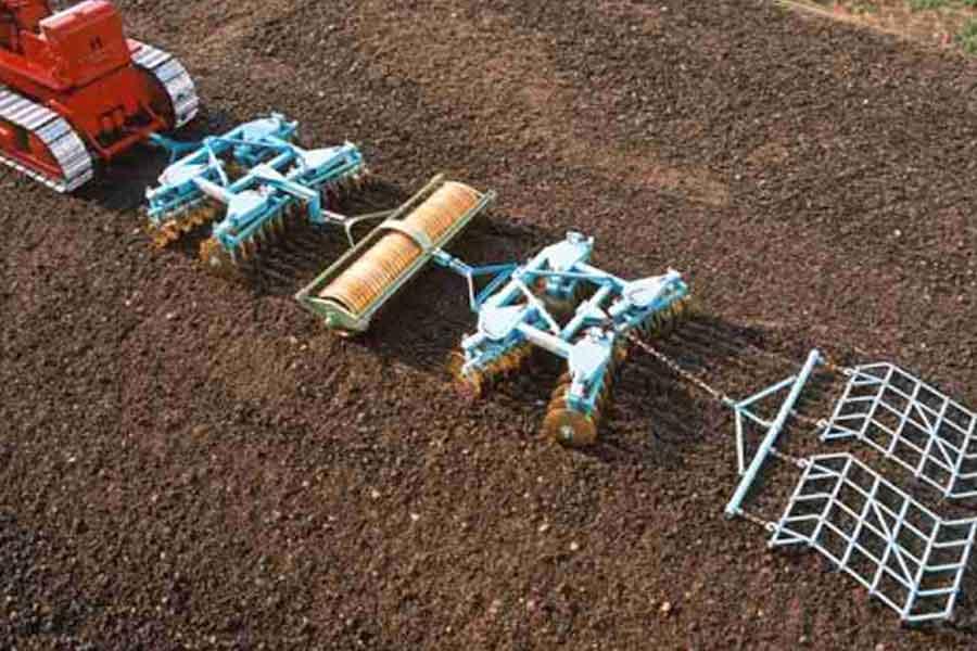 این مقاله در مورد اهداف و روش های خاکورزی حفاظتی، نقش خاکورزی حفاظتی بر سلامت خاک و مزایای خاکورزی حفاظتیصحبت می کند تا اطلاعاتمان در مورد خاکورزی بالا رود
